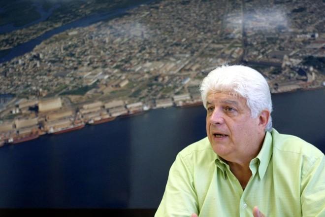 O superintendente dos Portos de Paranaguá e Antonina, Eduardo Requião: para o governador, irmão é imprescindível na equipe   Jonathan Campos/Gazeta do Povo