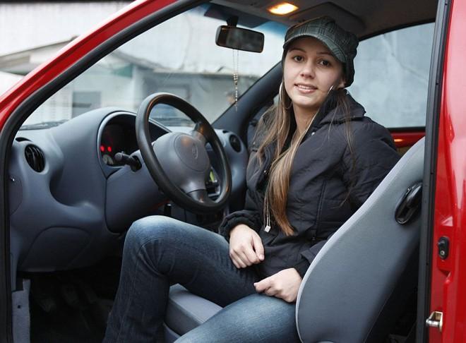 Camila: economia de 25 minutos depois da compra do carro | Valterci Santos/Gazeta do Povo