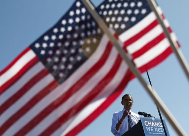 Obama lidera com 51% das intenções de voto contra 41% de McCain | Jim Young / Reuters