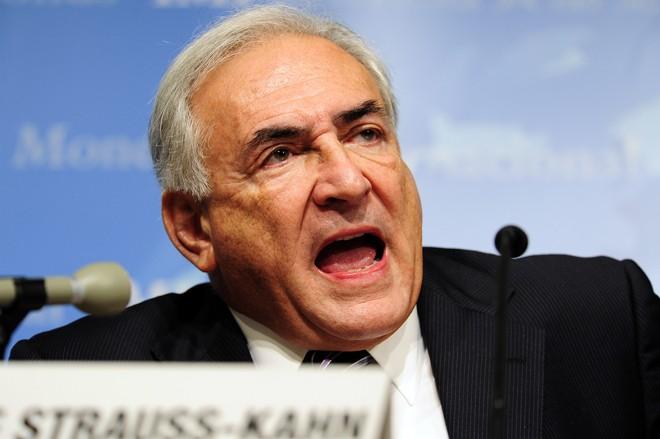 O diretor-gerente do Fundo Monetário Internacional (FMI), Dominique Strauss-Kahn, defendeu a adoção de pacotes de incentivos fiscais equivalentes a 2% do PIB | AFP PHOTO/KAREN BLEIER