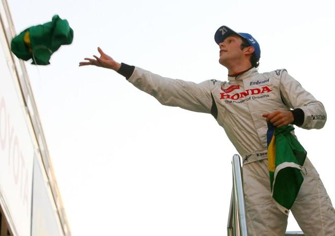 Bruno Senna respeita a decisão da Brawn, mas diz que estava pronto para correr na Fórmula 1 | Josep Lago/AFP
