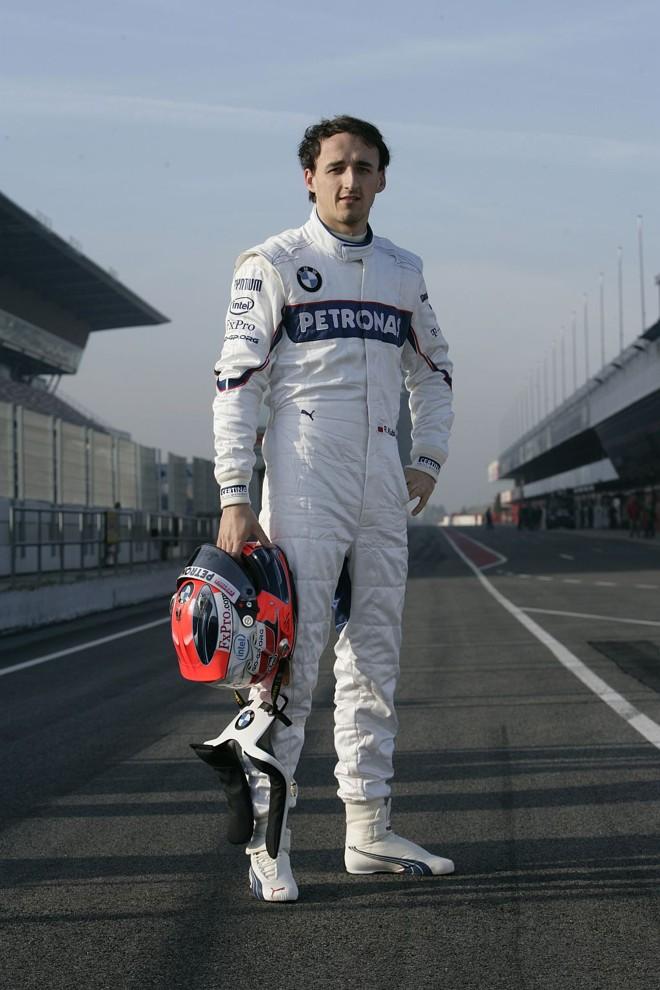 Piloto mais alto da Fórmula 1, com 1,85 metro, o polonês Robert Kubica reduziu seu peso de 73 kg para 69 kg | Divulgação