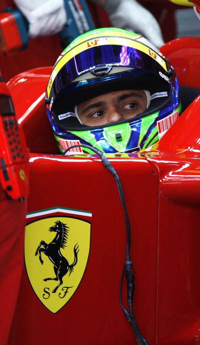 Felipe Massa a bordo da Ferrari: brasileiro começa a temporada cercado de enorme expectativa após o vice-campeonato do ano passado | Hamad I Mohammed/Reuters
