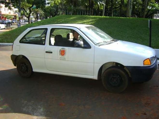 O veículo mais novo da frota é um Volkswagen Gol ano 2000, com lance mínimo de R$ 10 mil |