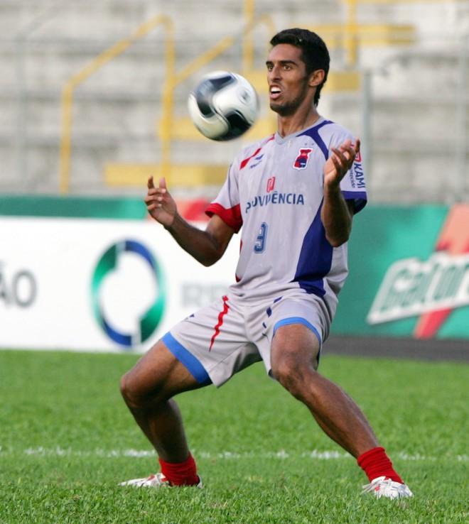 Wellington Silva ganha nova chance no ataque do Paraná em solo carioca, contra o Duque de Caxias | Daniel Castellano / Gazeta do Povo