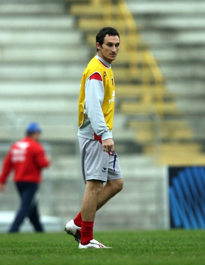 Fadiga muscular tira Alex Afonso do jogo com o Duque de Caxias | Hedeson Alves / Gazeta do Povo