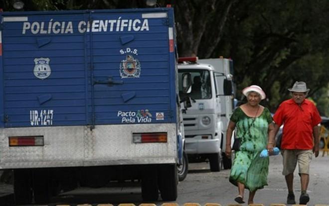 Três corpos encontrados são de brasileiros, sendo dois homens e uma mulher, e cinco são de estrangeiros do sexo feminino | Maurício Lima / AFP