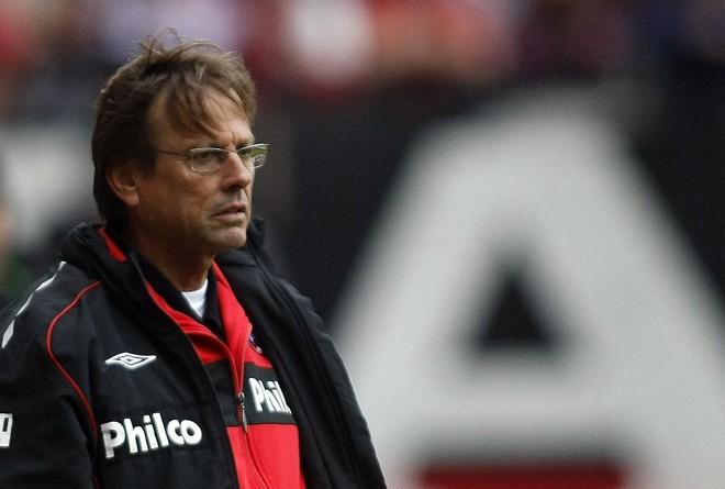 Waldemar Lemos anunciou sua demissão após derrota para o Goiás | Rodolfo Bührer / Gazeta do Povo