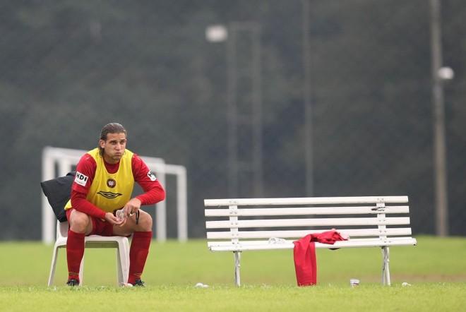 Em má fase, atacante Rafael Moura é um dos jogadores afastados pela diretoria para cuidar da forma física: jogador não sabia do afastamento | Rodolfo Bührer/ Gazeta do Povo