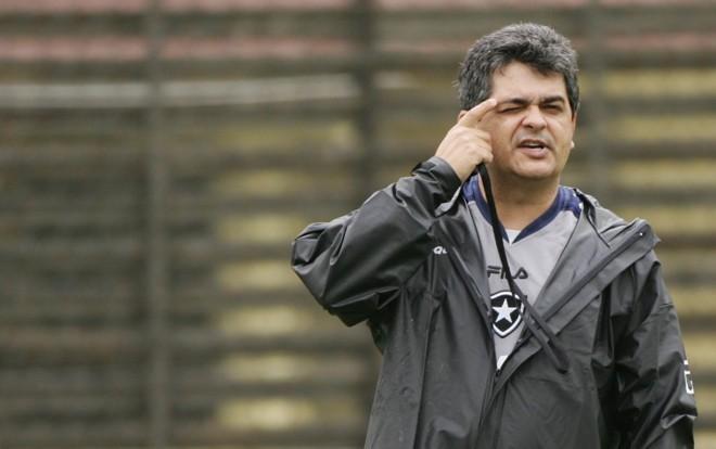 Ney Franco, que foi demitido ontem do Botafogo, acertou sua contratação pelo Coritiba na noite desta segunda-feira. | André Mourão/Ag.Odia