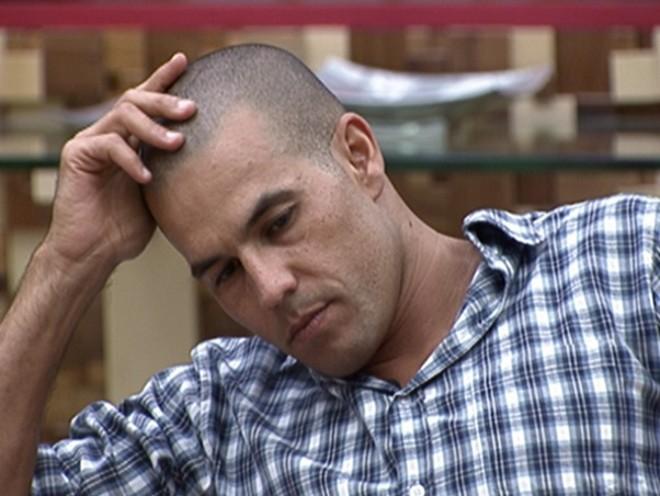 O advogado Alex não resistiu a mais um paredão e está fora do BBB 10 | Divulgação/Globo.com