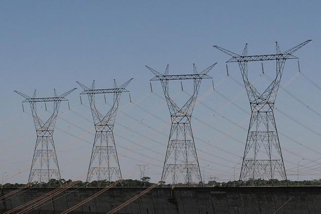 Linhas de transmissão de Itaipu: Paraguai precisa investir em uma nova linha, entre a usina e Assunção | Christian Rizzi/ Gazeta do Povo