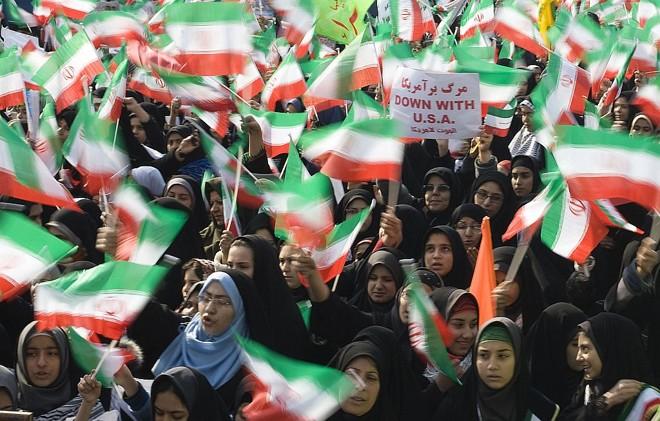Iranianos celebram 31 anos da Revolução Islâmica   Reuters