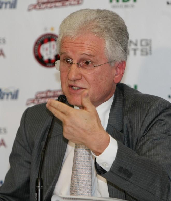 Malucelli garante que Lopes não ficou sabendo de demissão pela internet | Albari Rosa / Agência de Notícias Gazeta do Povo