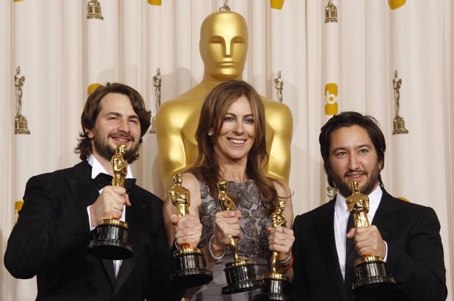Vencedores de melhor filme Mark Boal, Kathryn Bigelow e Greg Shapiro por