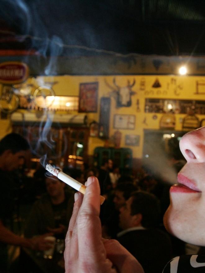 Restrição ao tabaco: ação afirma que Paraná exagerou ao proibir fumódromos | Daniel Castellano/Gazeta do Povo