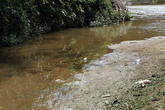Barigui: até alguns restaurantes de Santa Felicidade ajudam a poluir o rio | Hedeson Alves/Gazeta do Povo