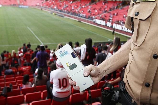 Bafômetro foi usado pela primeira vez em jogos no país  