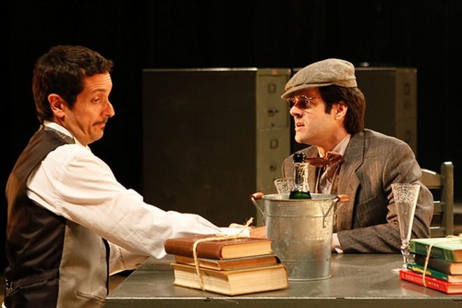 Cena da peça Travesties, a primeira da Companhia de Ópera Seca sem Gerald Thomas na direção |