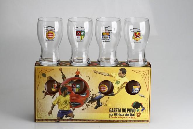 Quatro modelos de copos estarão disponíveis. Assinantes podem adquirir o kit | Daniel Derevecki/Gazeta do Povo