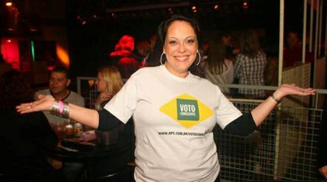 Carol Domingues abriu a apresentação vestida com a camiseta da campanha | Gustavo Garrett/Prime