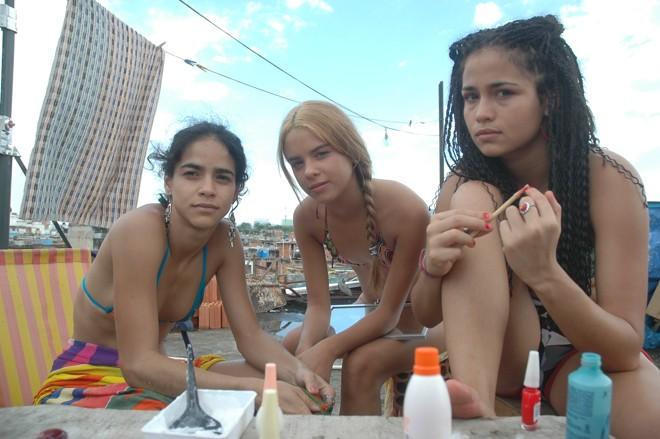 """Cena do filme """"Sonhos Roubados""""   Divulgação"""