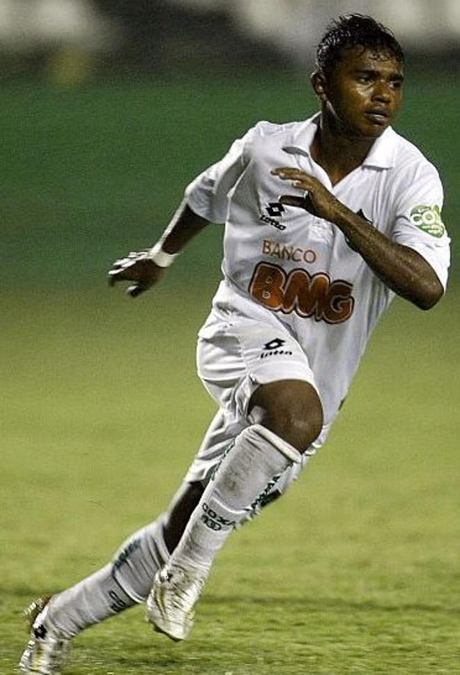 Renatinho pode voltar contra o Jacaré, na próxima terça-feira | Hedeson Alves / Agência de Notícias Gazeta do Povo