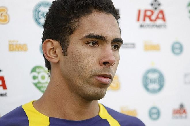 Demerson não estará em campo na próxima partida do Coritiba   Antonio More / Agência de Notícias Gazeta do Povo