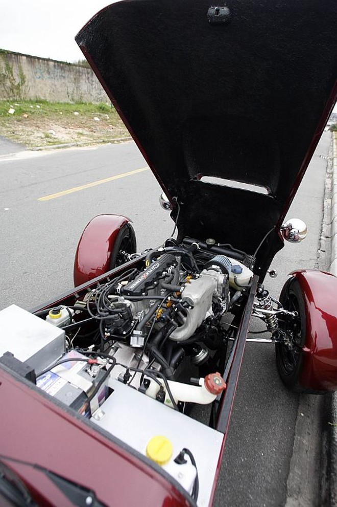 Motor pode ser 2.0 ou 2.4 |