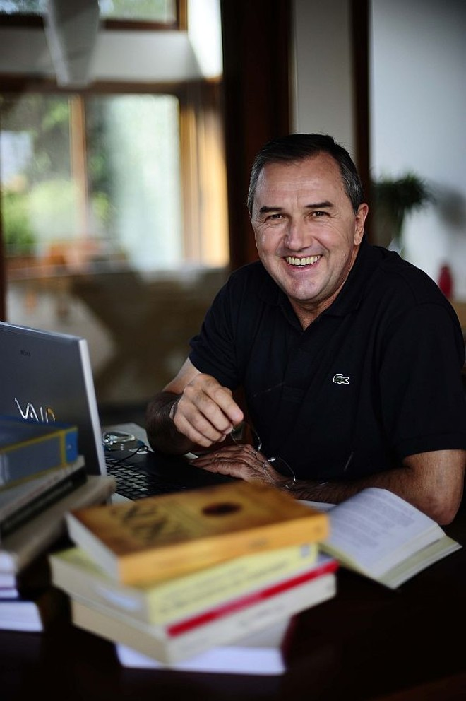 Laurentino: depois de carreira no jornalismo, um escritor campeão de vendas | Alexandre Battibugli/Divulgação