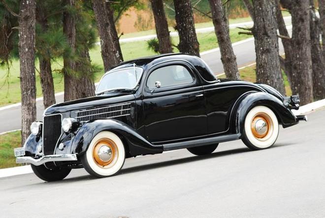 Ford  Coupe 3 Windows. Modelo de 1936, carrega um motor V8 de 160 cv   Divulgação