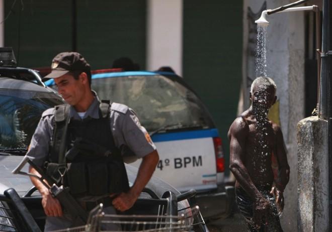 Apesar de algumas resistências, policiais da unidade pacificadora e moradores hoje dividem o mesmo espaço com uma naturalidade nunca antes vista   Severino Silva/Ag. O Dia
