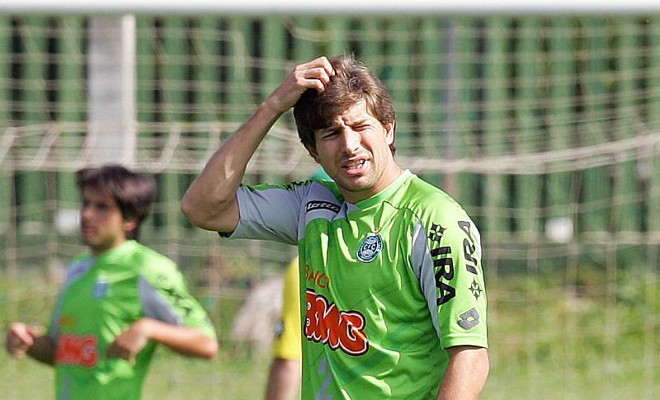 Tcheco costuma entrar no segundo tempo das partidas do Coritiba | Hedeson Alves / Agência de Notícias Gazeta do Povo