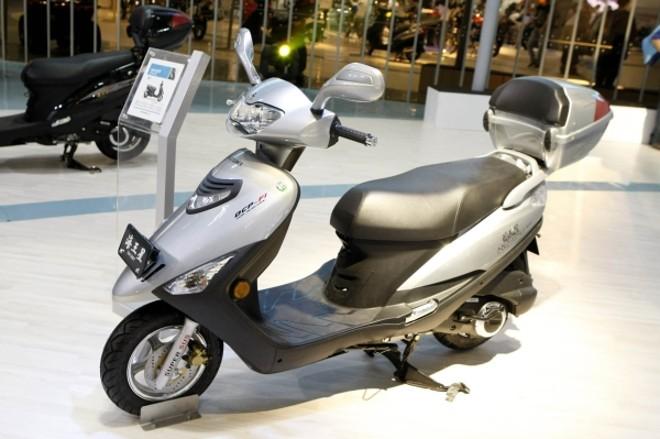 O scooter UA125-T Neptune injetado poderá ser o substituto prometido pela Suzuki do Burgman 125 | Caio Mattos/Agência Infomoto