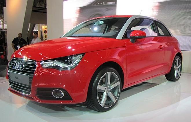 O A1 vai custar cerca de R$ 90 mil e concorre com o Mini   Divulgação/Audi