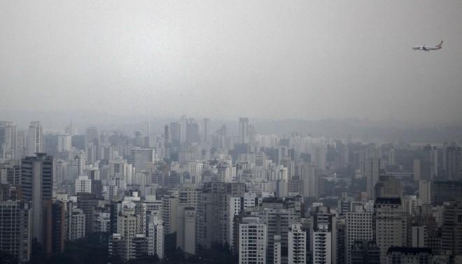 Consumo contribui para o aumento da poluição em grandes metrópoles como São Paulo | Nacho Doce/ Reuters