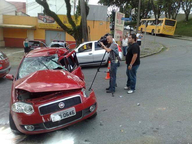Motorista do veículo teria buzinado e gritado antes do acidente |