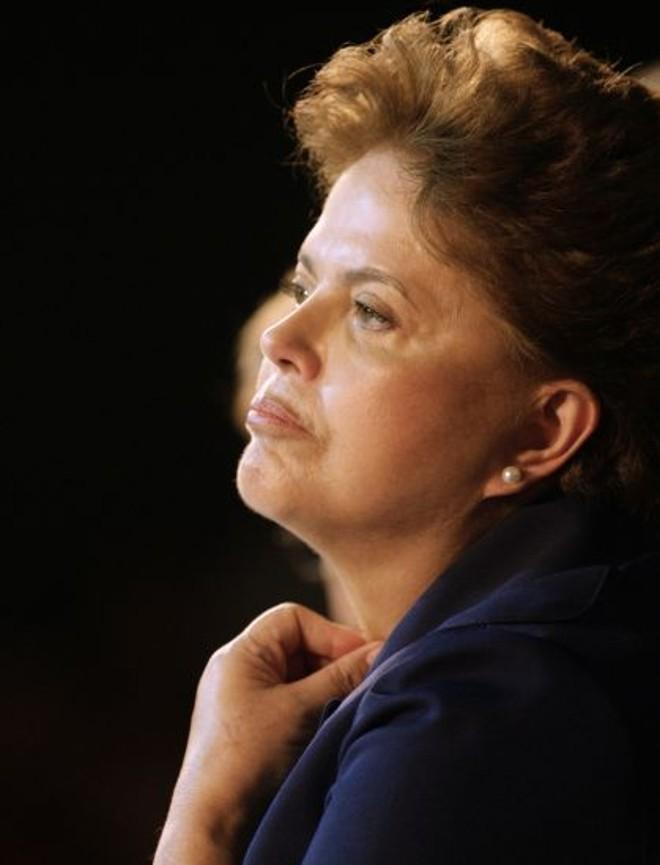 Dilma Rousseff: muitas negociações para agradar a partidos aliados, Lula e governadores   Ricardo Moraes/Reuters