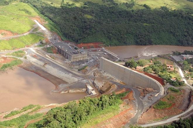 A Usina de Mauá, que teve sua licença ambiental suspensa em 2009 por colocar em risco a qualidade do Rio Tibagi: decisão foi revista e obras começaram no mesmo ano | José Gumercindo/AEN