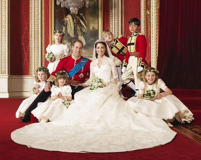 Exposição Do Vestido De Noiva De Kate Middleton Arrecada Us 16 Milhões