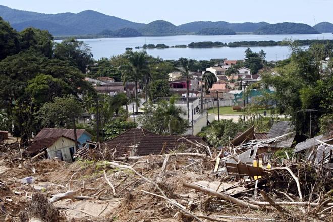 Antonina, no litoral, foi uma das cidades castigadas pelas chuvas deste ano | Albari Rosa/Gazeta do Povo