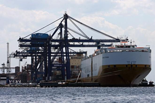 Além da Appa, Terminal de Contêineres também prevê investimentos para quase dobrar sua capacidade até 2013 | Felipe Rosa/ Gazeta do Povo
