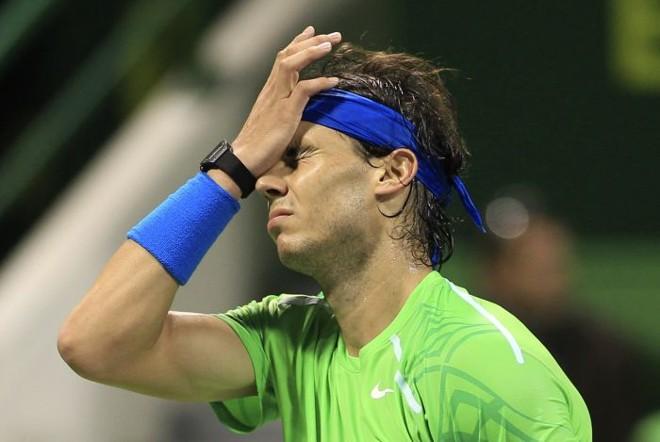 O espanhol Rafael Nadal lamenta após ponto perdido para o francês Gael Monfils na semifinal desta sexta-feira | Fadi Al-Assaad/Reuters