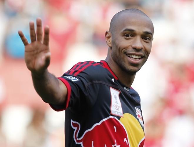 Thierry Henry, maior artilheiro da história do Arsenal, vai retornar ao clube inglês | AFP