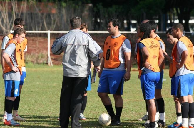 Jovens do Projeto Revelação representaram Colorado no Paranaense da Terceira Divisão de 2011 | William Kayser/Gazeta Maringá