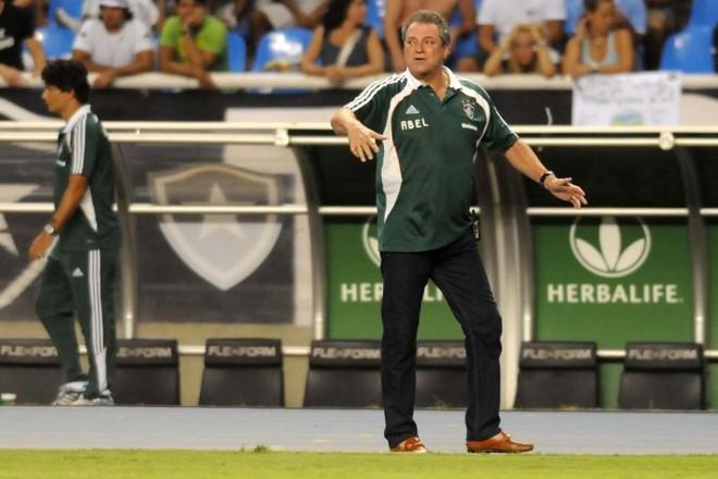 Para Abel Braga, Fluminense terá de mostrar atitude diante do Boca Juniors em Buenos Aires | Dhavid Normando / Photocamera
