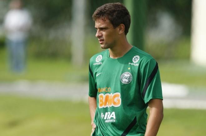 Lucas Mendes foi pré-convocado para os Jogos Olímpicos | Daniel Castellano / Gazeta do Povo