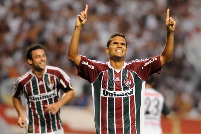 Anderson comemora com Fred o gol da vitória do Fluminense sobre o Zamora | Dhavid Normando/Photocamera