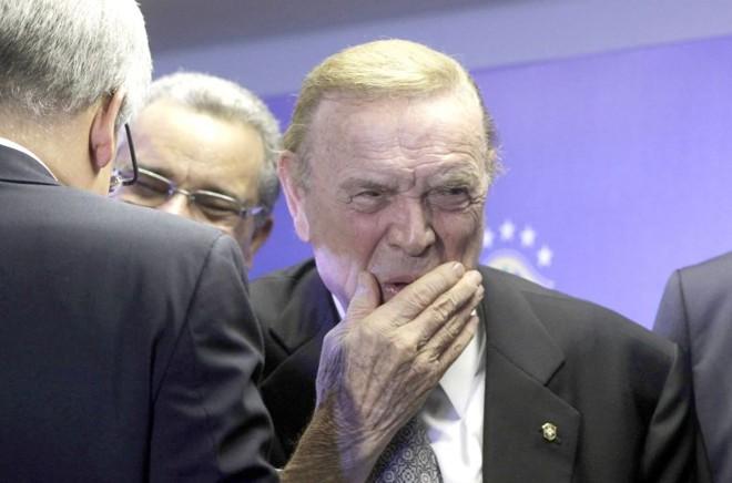 Ligação de José Maria Marín, novo presidente da CBF, com Marco Polo Del Nero, da Federação Paulista, incomoda os rebeldes   Ricardo Moraes/ Reuters