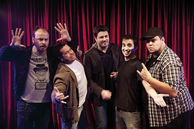 Apresentada por Danilo Gentili (ao centro), série de stand-up Comedy Central Apresenta antecipou no VH1 as mudanças propostas pela nova lei | Divulgação